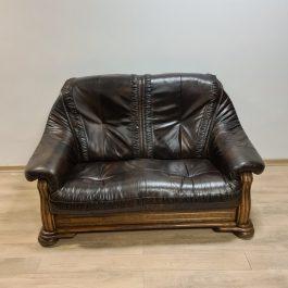 Dvisėdė sofa